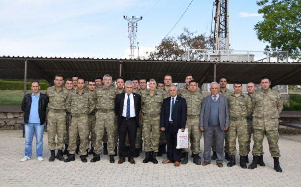 2. Ordu Astsubayımız Muhabere Alay Komutanı ve Muhabere Alayı personeli ziyaretimiz