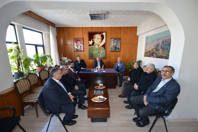 Yeşilyurt Belediye Başkanı Hacı Uğur POLAT derneğimizi ziyaret etmiştir