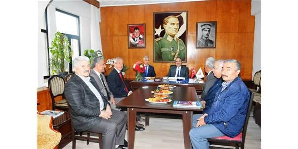 Malatya Valisi Ali KABAN  derneğimizi ziyaret etmiştir